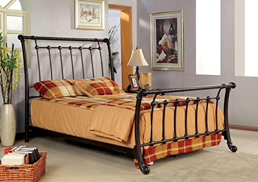 Almonte King Metal Sleigh Bed by Furniture Of America
