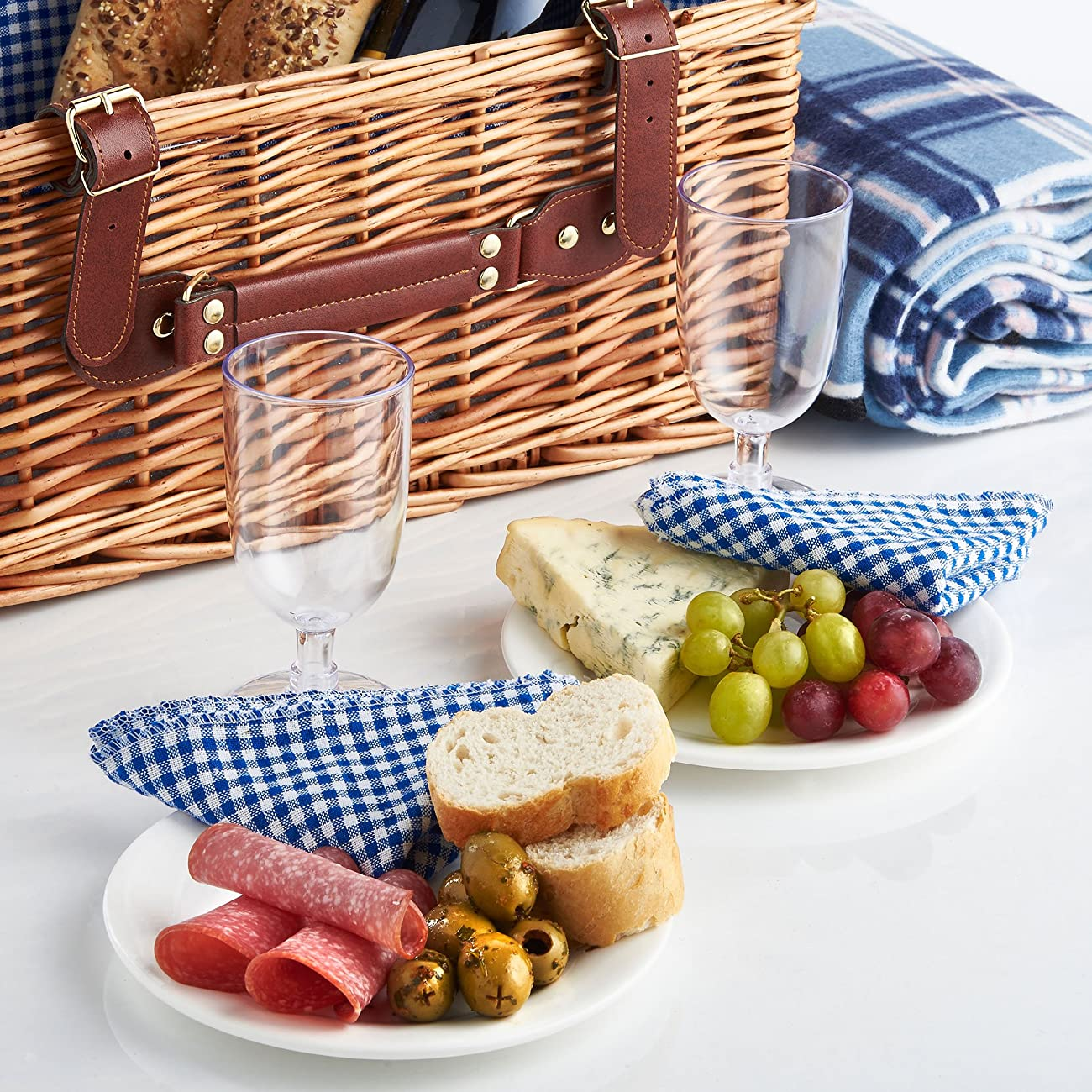 VonShef Deluxe 2 Person Traditional Wicker Picnic Basket Hamper with Cutlery, Plates, Glasses, Tableware & Fleece Blanket 2