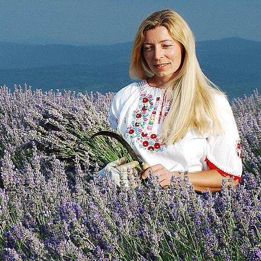 shirley-price-aromatherapy