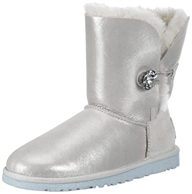【UGG】 BAILEY BUTTON - I DO婚礼系列女水晶扣羊皮中筒雪地靴 4.95 - 第1张  | 淘她喜欢