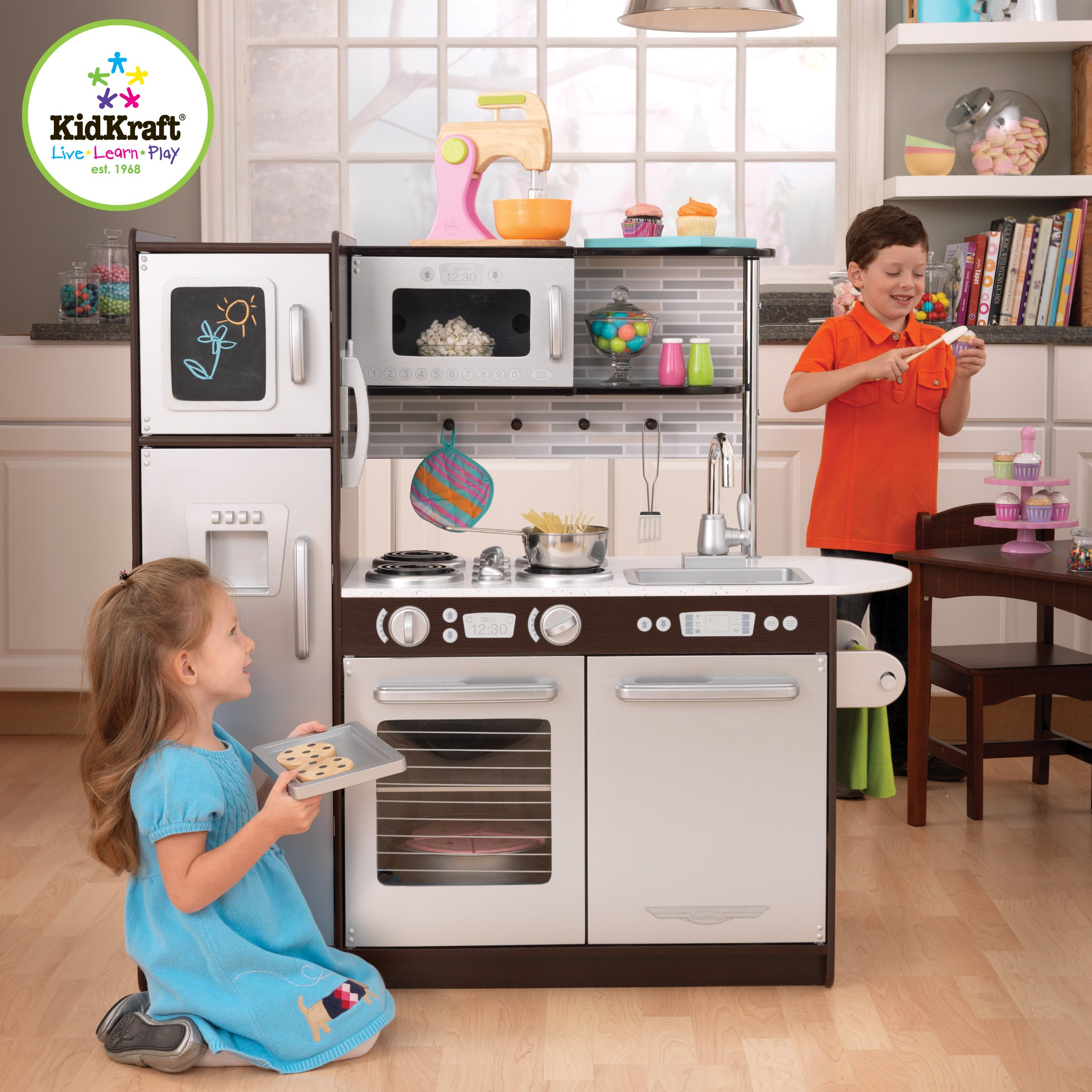 Kitchen Playsets | Classy Baby Gear