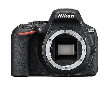 Nikon D5500 reflex numérique corps, 24,2 mégapixels, écran tactile LCD réglable, Wi-Fi intégré, SD 8Go 200x Lexar Premium, couleur: noir [carte Nikon: 4 ans de garantie]