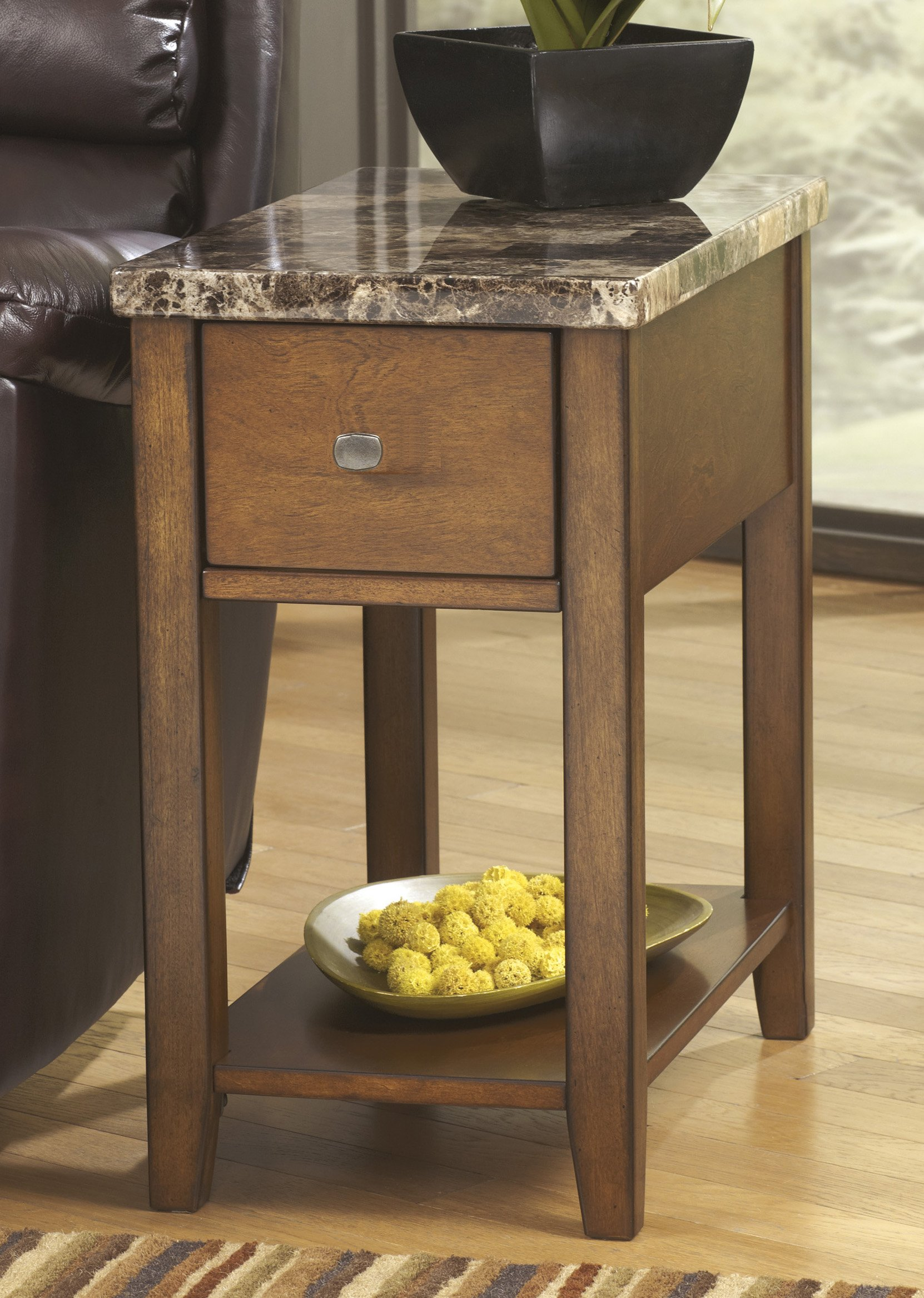 Roundhill Furniture End Table with Storage