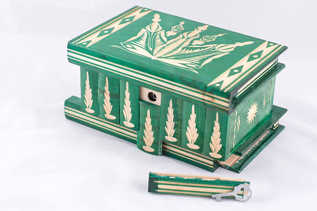 Kalotart Jewelry And Puzzle Box 2 In 1 - Handmade Wooden Case With Hidden Key And Removable Compartments - Beautiful Classical Wooden Carved Jewelry Puzzle Box By (Green)
