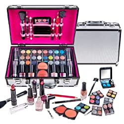 Top Christmas gift ideas for wife: Beauty Conscious