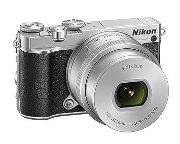 Nikon J5 + 10-30mm + SD 16GB Appareil Photo Numérique Compact 20.8 Mpix zoom 3 x Wi-Fi Noir