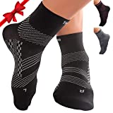 TechWare Pro Ankle Brace Compression Socks - Plantar Fasciitis Pain Relief Sock with Arch Support. Foot Sleeve Relieves Achilles Tendonitis & Heel Pain. Women & Men. Everyday Use & Injury Recovery (Color: Black / Gray, Tamaño: M (Women 8.5 - 11.0 / Men 7.5 - 10.0))
