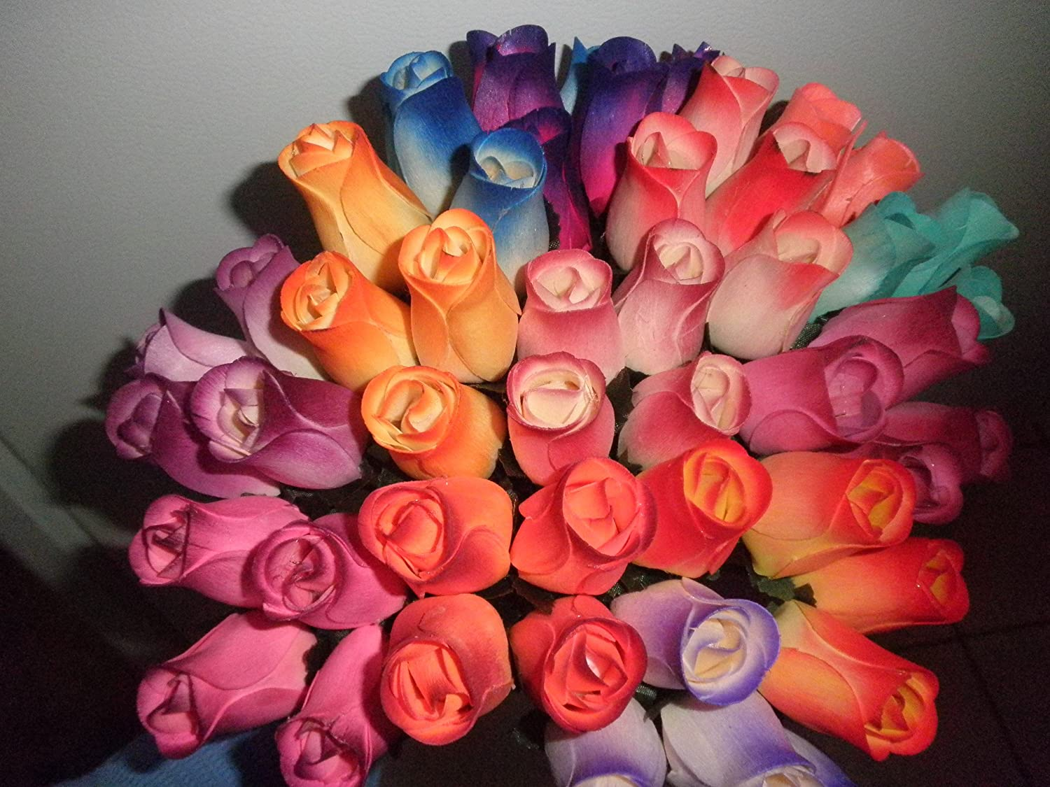 Forever Roses - Small Bud Wooden Roses Bouquet - Dozen