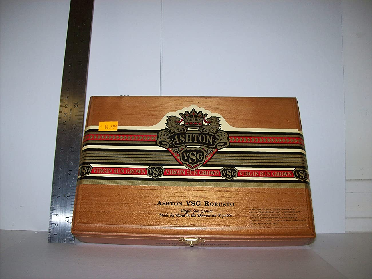 Empty Cigar Box 0