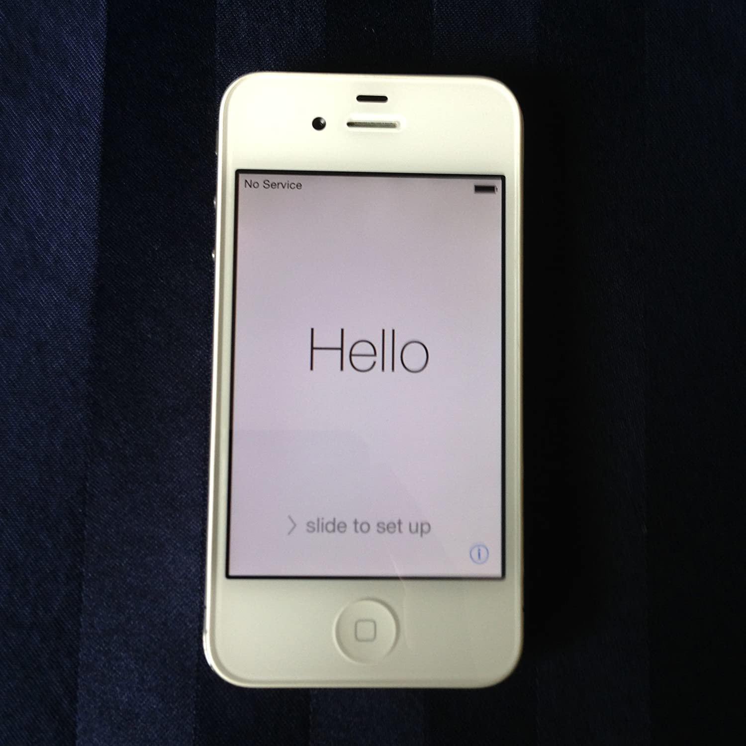 Apple iPhone 4 16GB White GSM Unlocked-Refurbished