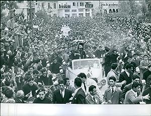 Vintage photo of Cypriots greeting president Makarios III