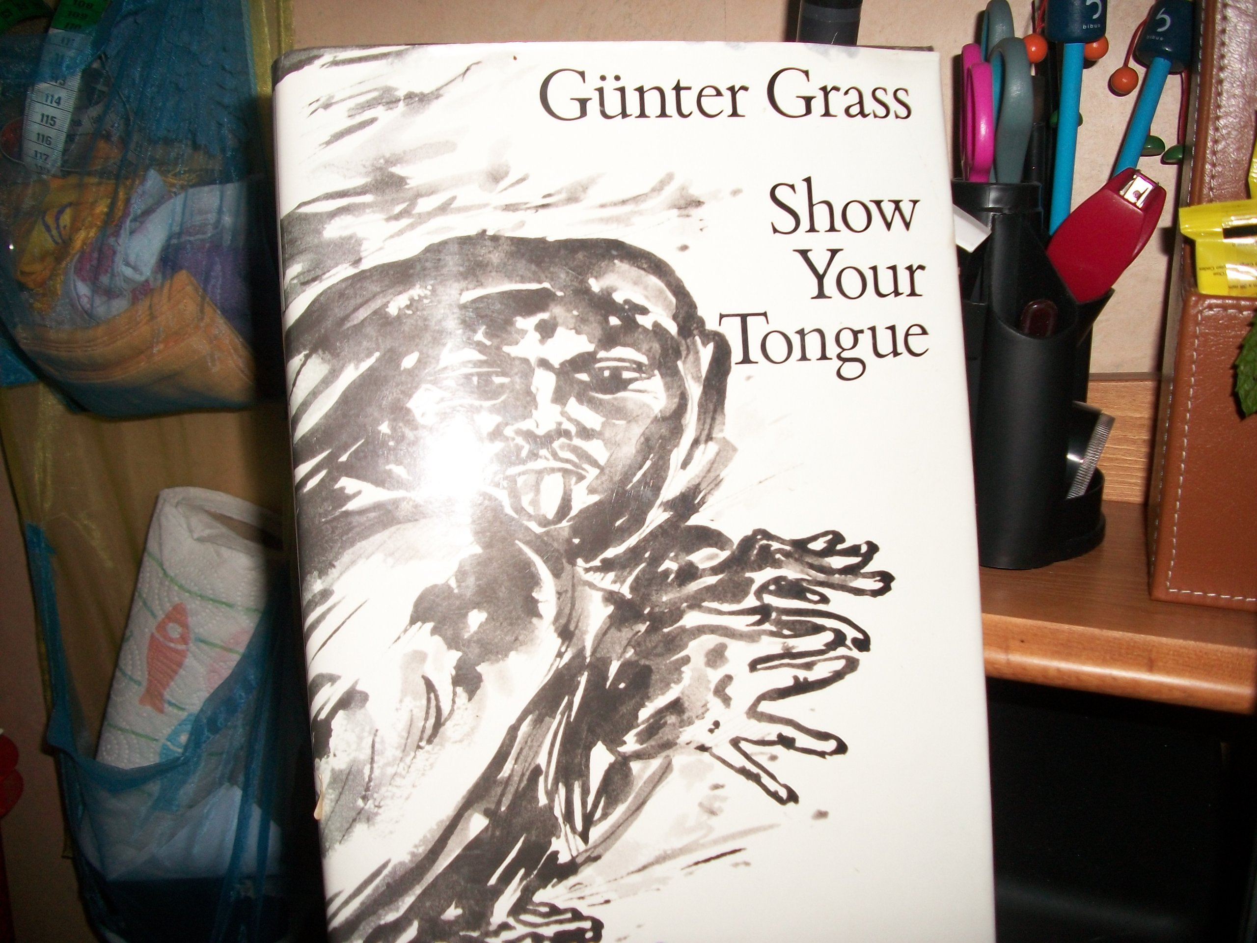 Buy Show Your Tongue Book Online At Low Prices In India  Show Your Tongue  Reviews & Ratings  Amazon