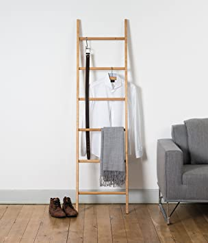 kleiderleiter porte v tements en ch ne en en forme d 39 chelle cuisine maison maison. Black Bedroom Furniture Sets. Home Design Ideas