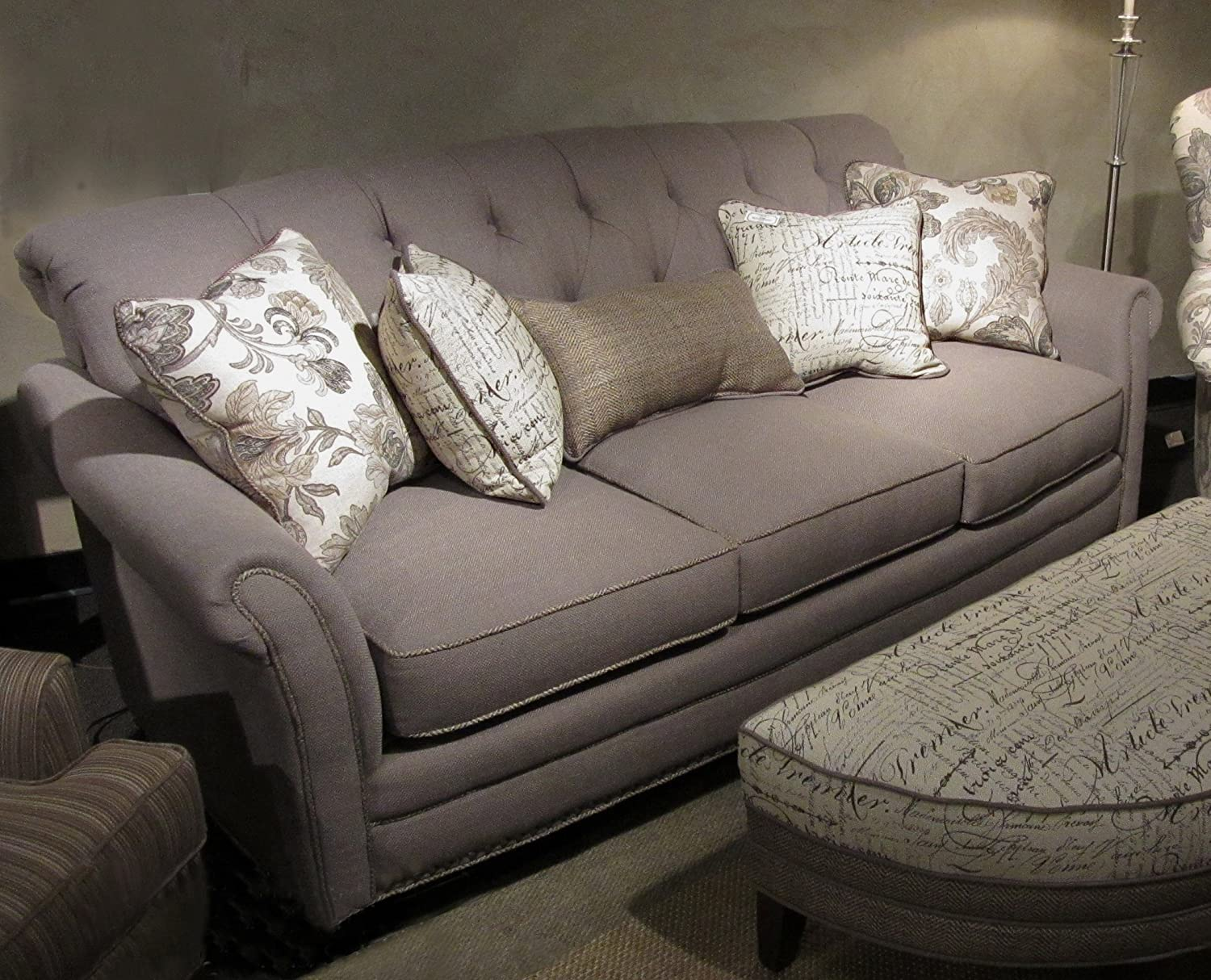 Chelsea Home Furniture Port Edwards Sofa - Lindy Chinchilla with 2 18 accent Pillows - 2 16 Font Linen accent Pillows