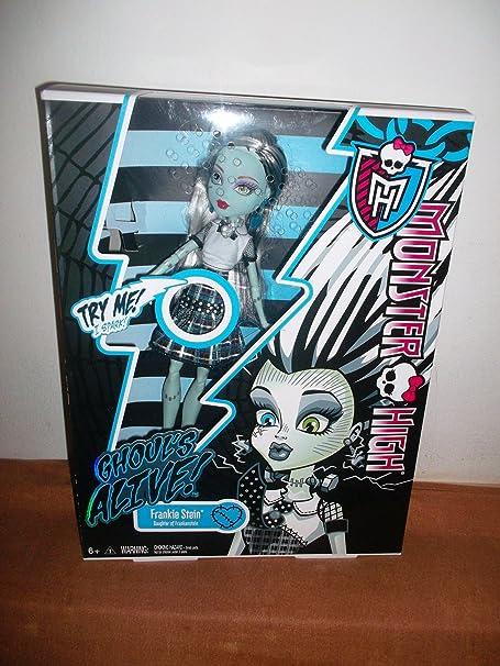 Poupée RARE Monster High GHOUL'S ALIVE!FRANKIE STEIN Les lumières de Frankie Stein, révélant sa cage thoracique et son crâne ,émet des sons étincelle donnant l'illusion qu'elle s'électrifie!!!!
