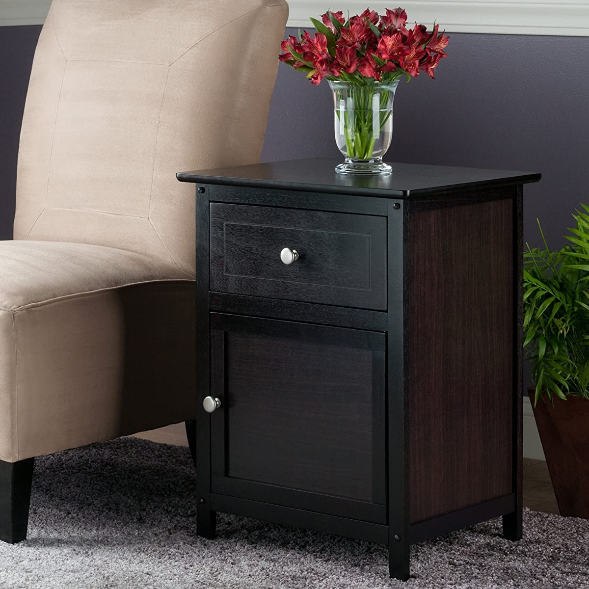 Winsome Wood Beechwood End/Accent Table, Espresso