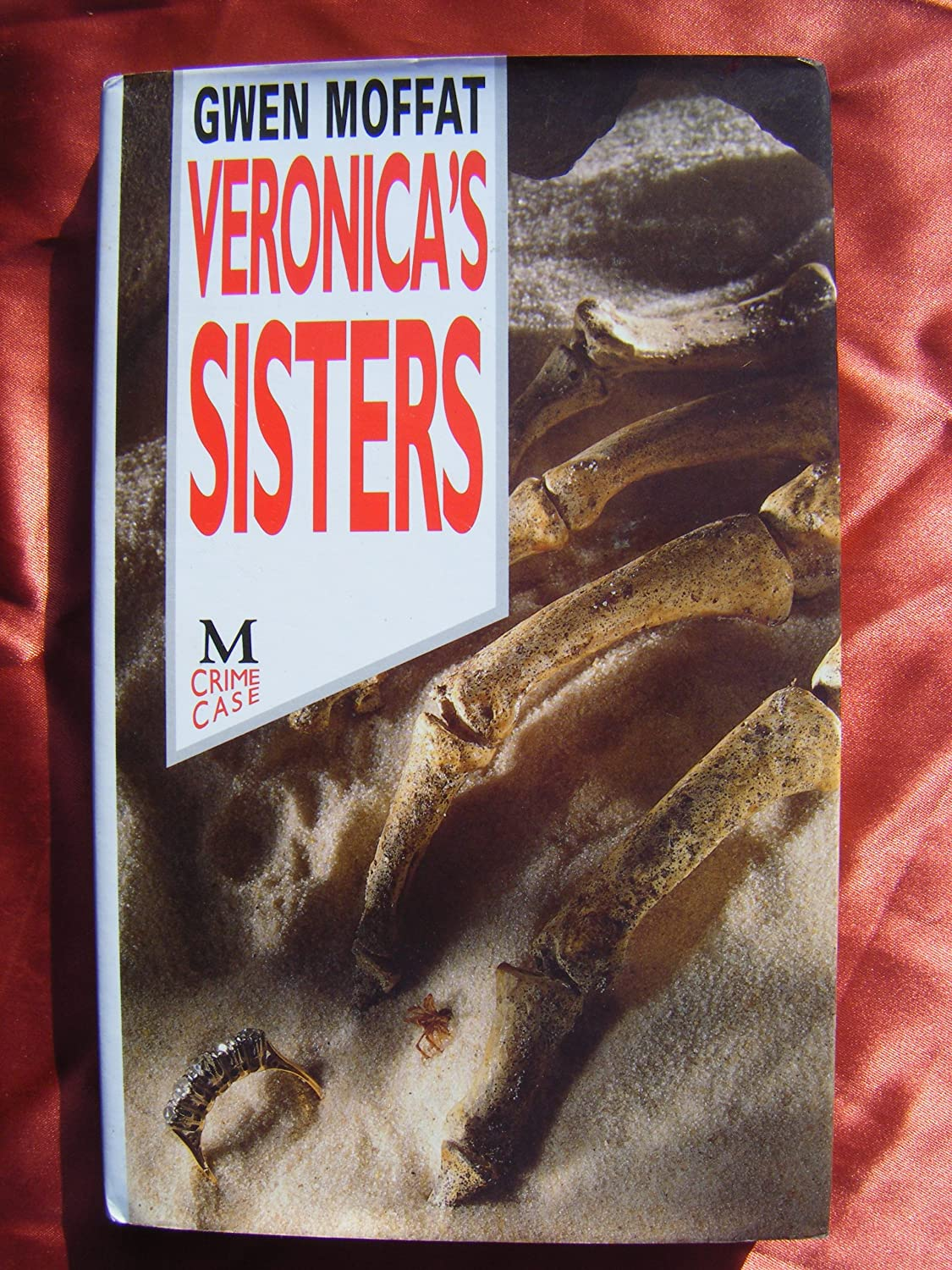 "Veronica""s Sisters: A Melinda Pink Mystery Gwen Moffat"