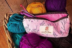 Studio Sam Crochet Hook Set. 35 Piece Kit Including 14 Sizes of Aluminum Hooks B-N (2-10mm), Blunt Large Eye Yarn Needles and Accessories.