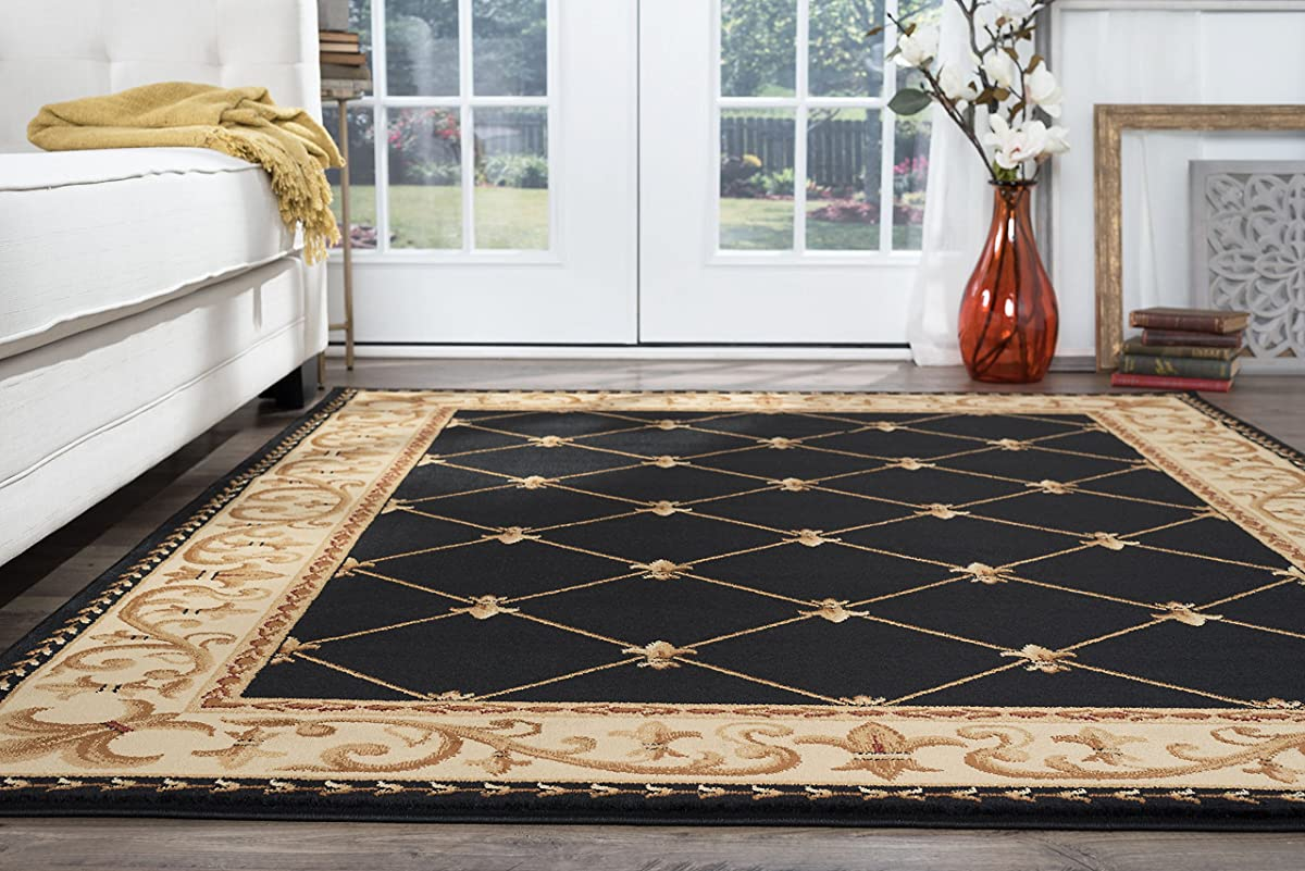 Orleans Traditional Border Black Octagon Area Rug, 8 Octagon