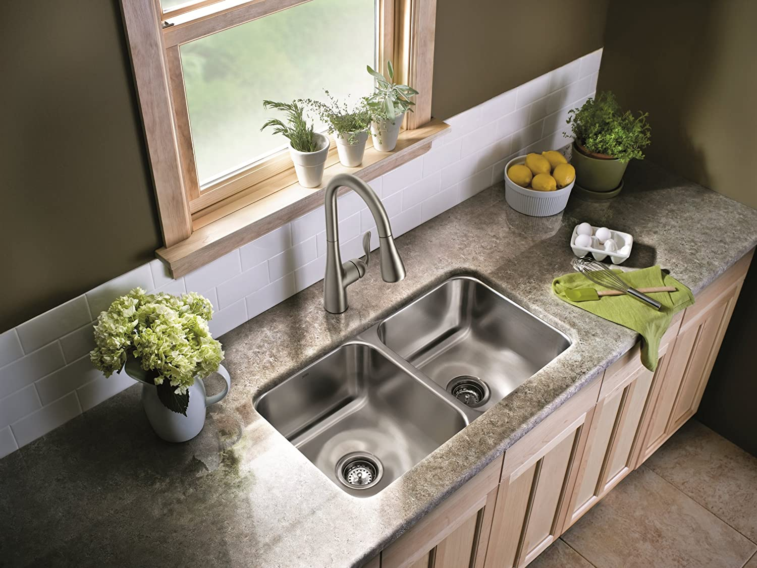 One-Handle High Arc Pulldown Kitchen Faucet