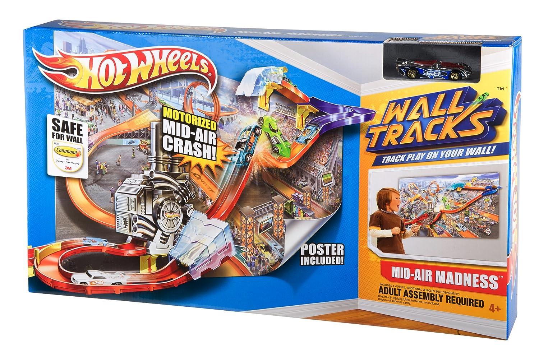 Hot Wheels Wall Tracks Mid-Air Madness Booster Trackset