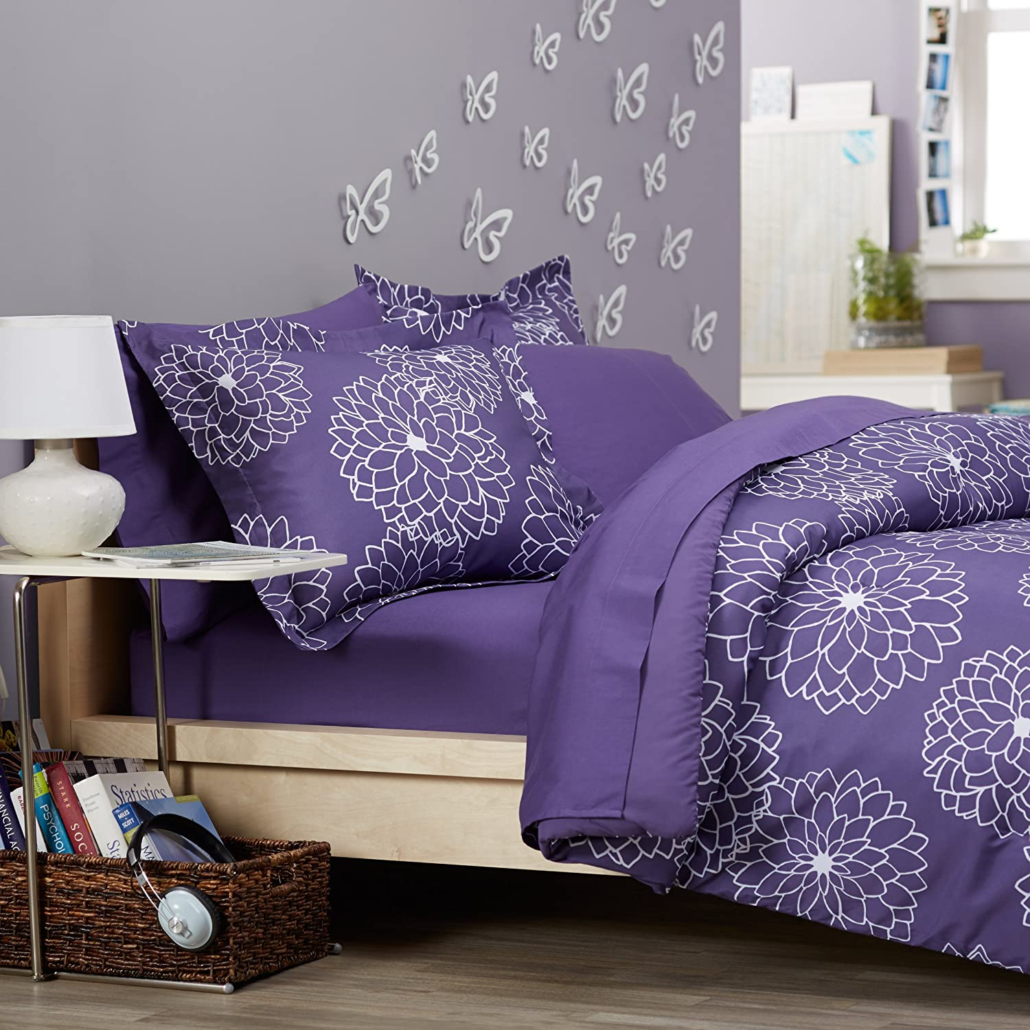 purple bedding calling all purple lovers. Black Bedroom Furniture Sets. Home Design Ideas