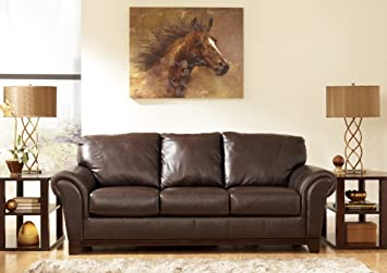 Sofa in Brown - Signature Design by Ashley Furniture