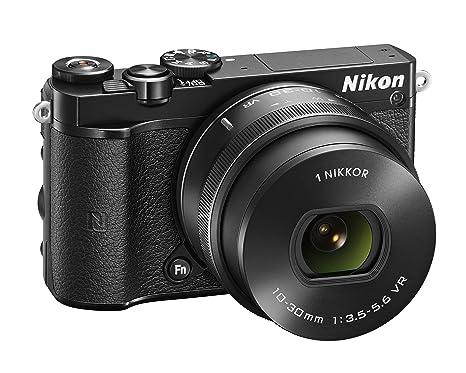 Nikon J5 + 1 NIKKOR VR 10-30mm Appareil Photo Numérique Compact 20.8 Mpix zoom 3 x Wi-Fi Noir
