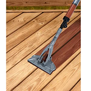 HomeRight Stain Stick with Gap Wheel C800921 M Deck Stain Applicator, Stain Tool for Deck Boards, Grooving Tool, Stain Applicator Pad, Staining Wood (Color: Silver)