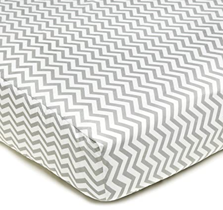 American Baby CompanyPercale Fitted Crib Sheet, Zigzag Grey