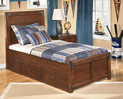 Delburne Panel Bed Full/With Underbed Storage Drawers