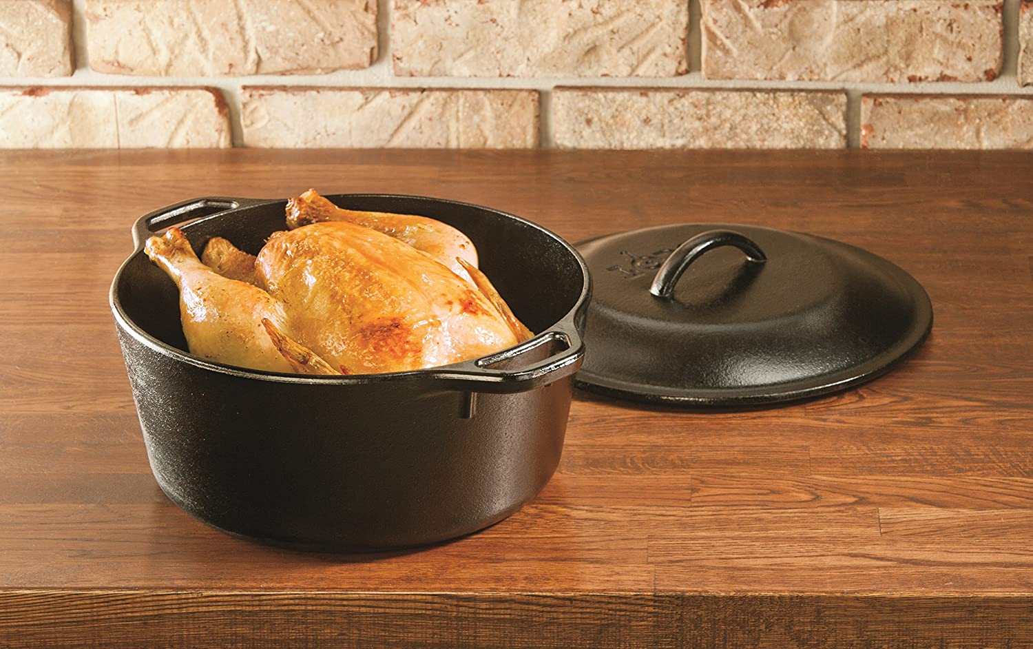 durable cast iron dutch oven lodge pre seasoned dual handles nonstick new ebay. Black Bedroom Furniture Sets. Home Design Ideas