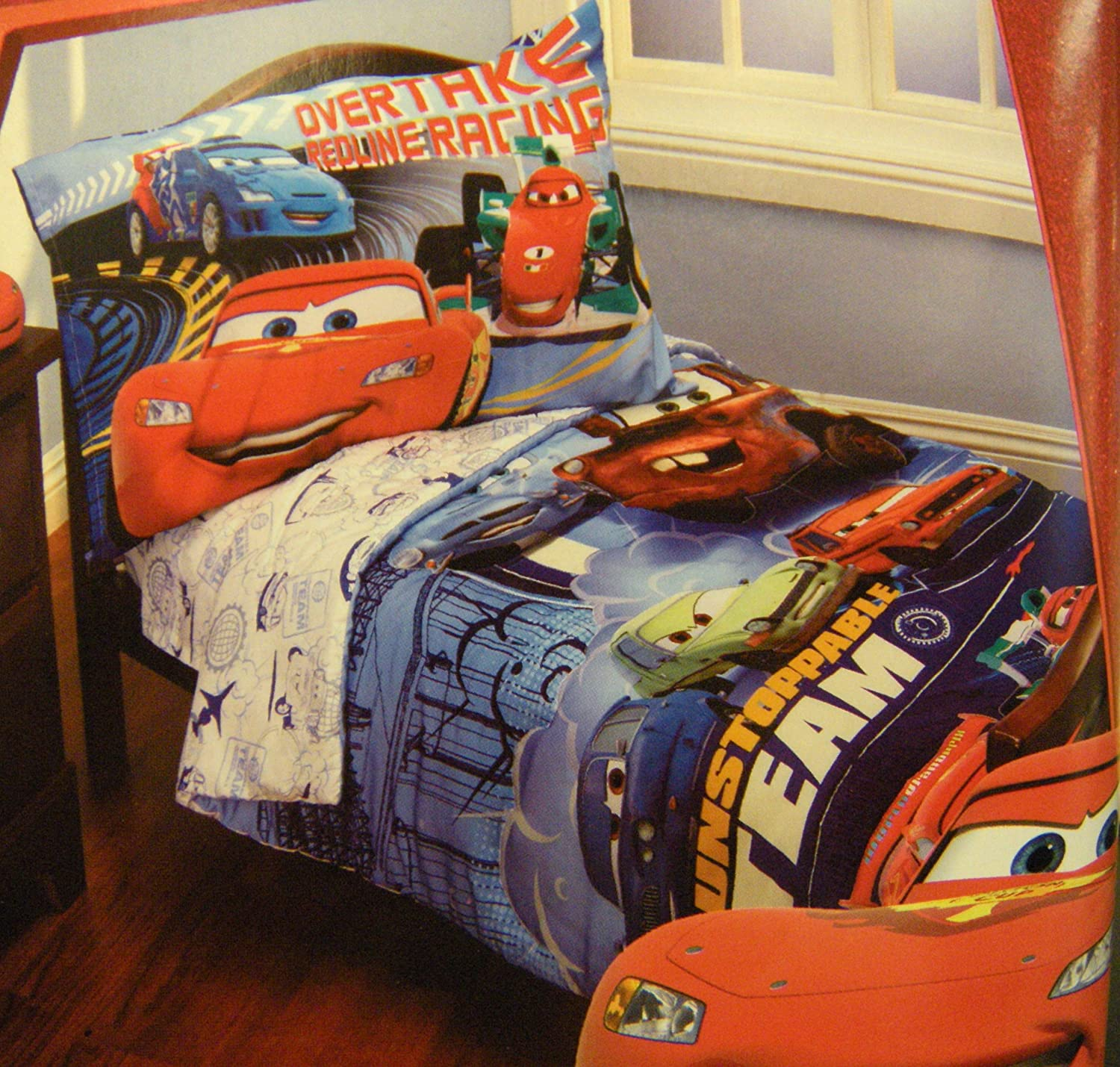 Disney cars bedding totally kids totally bedrooms for Disney cars bedroom ideas