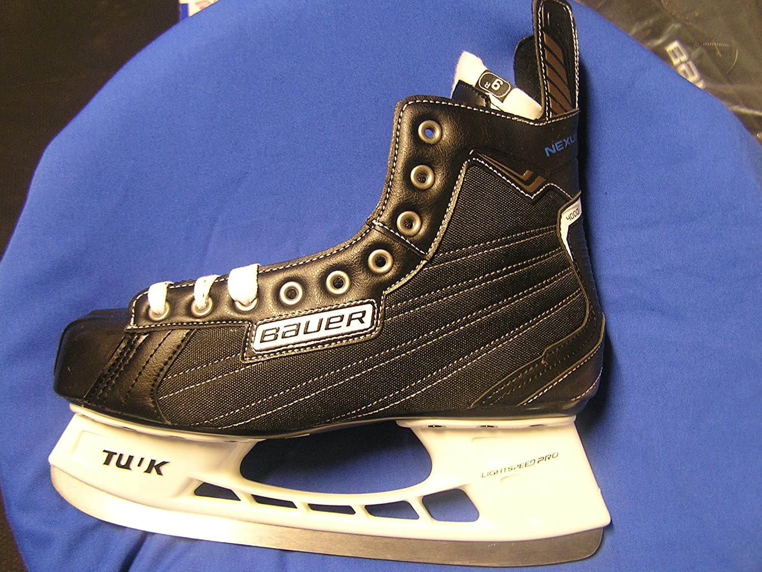 Bauer Nexus 4000 Junior Ice Hockey Skates bauer vapor rh x50r inline skates 4 jr