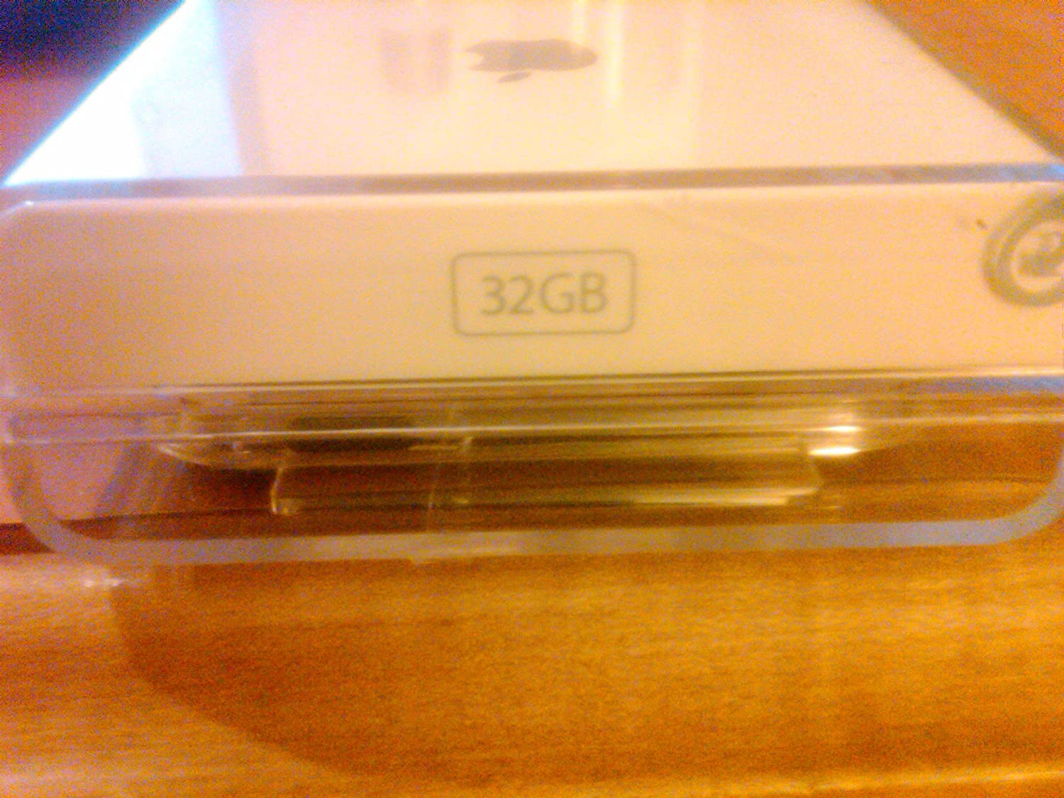 Apple iPod Touch 32 GB (MC008LL) ipod