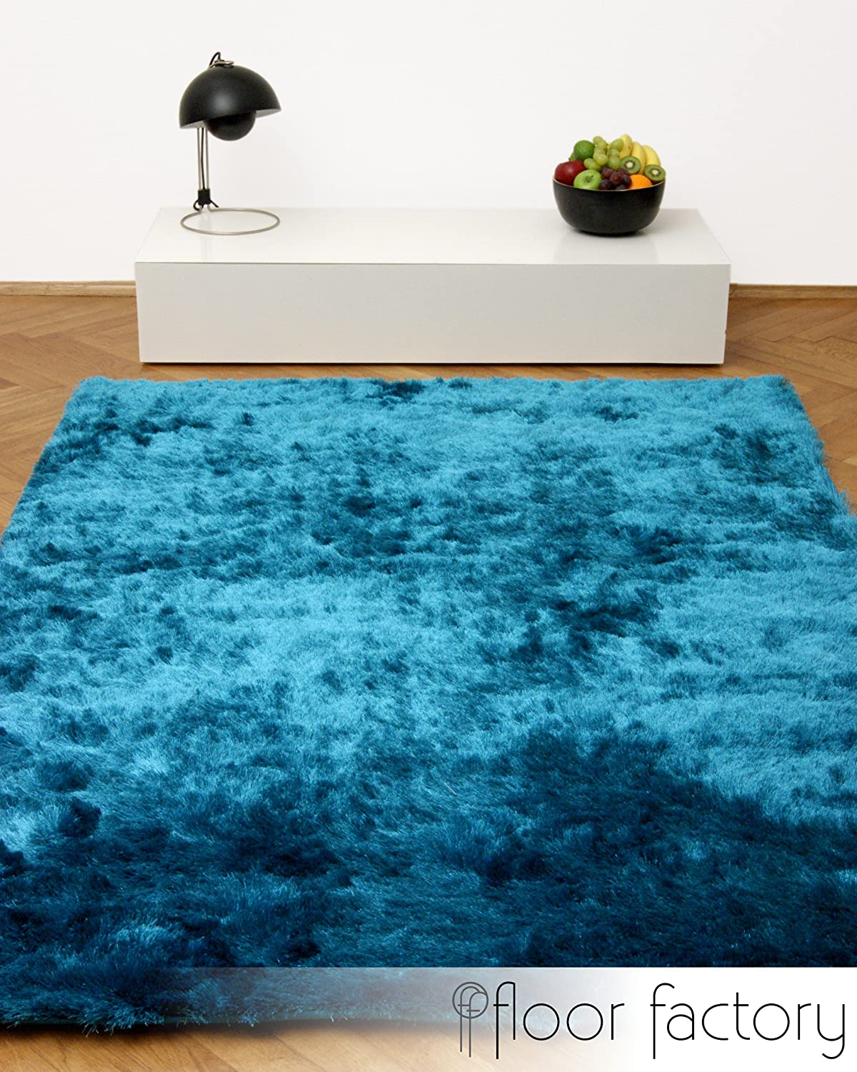 Awesome tapis marron et bleu images awesome interior for Salon bleu turquoise