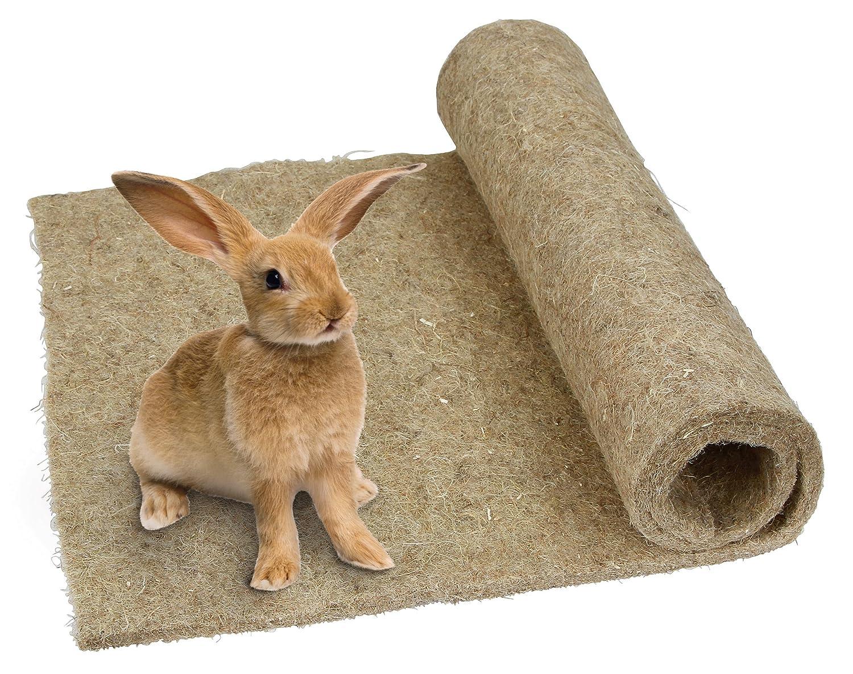 Nagerteppich für Kaninchenstall isoliert