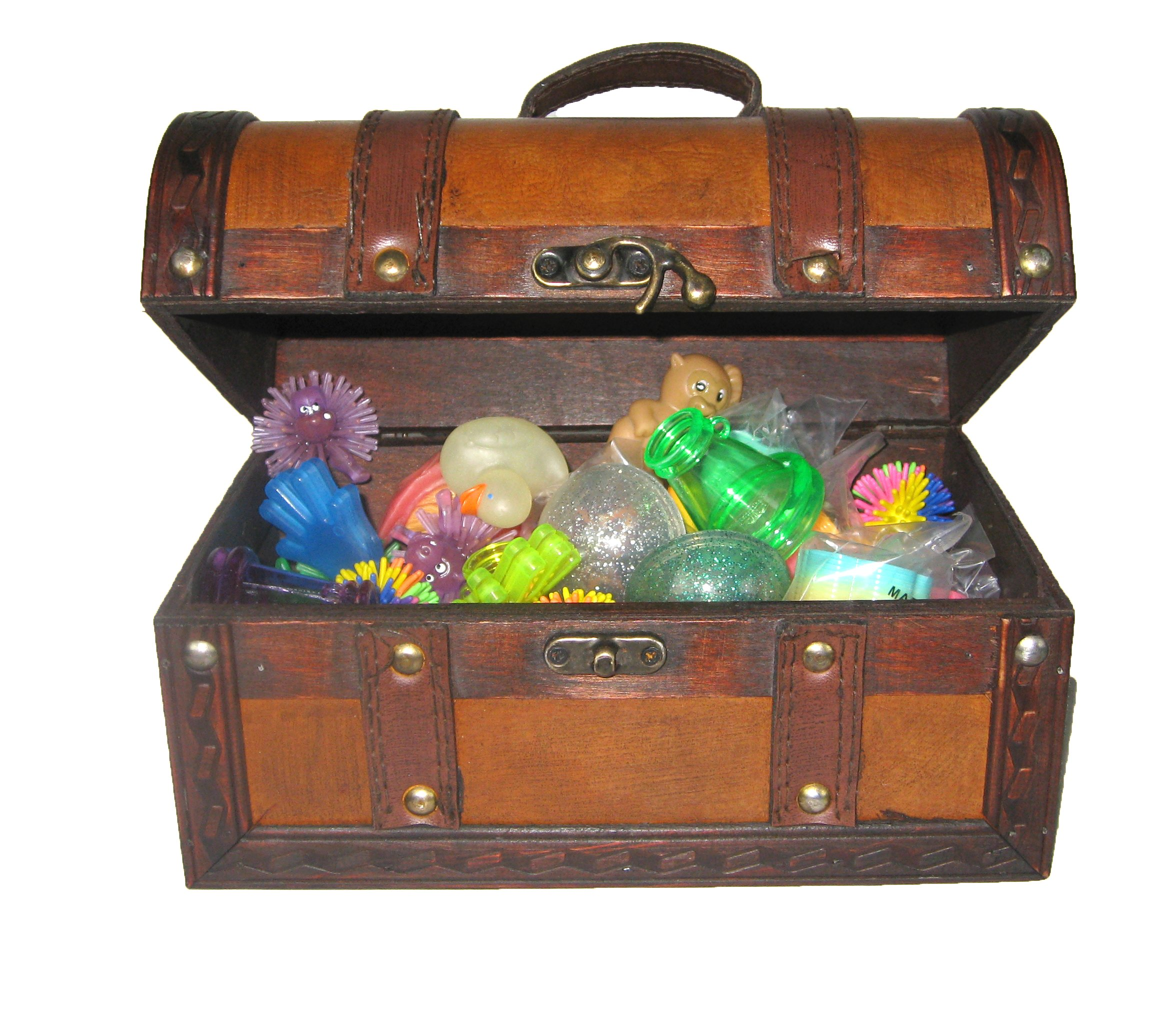 Toy Treasure Chest Beach : Leather treasure chest full of toys box and