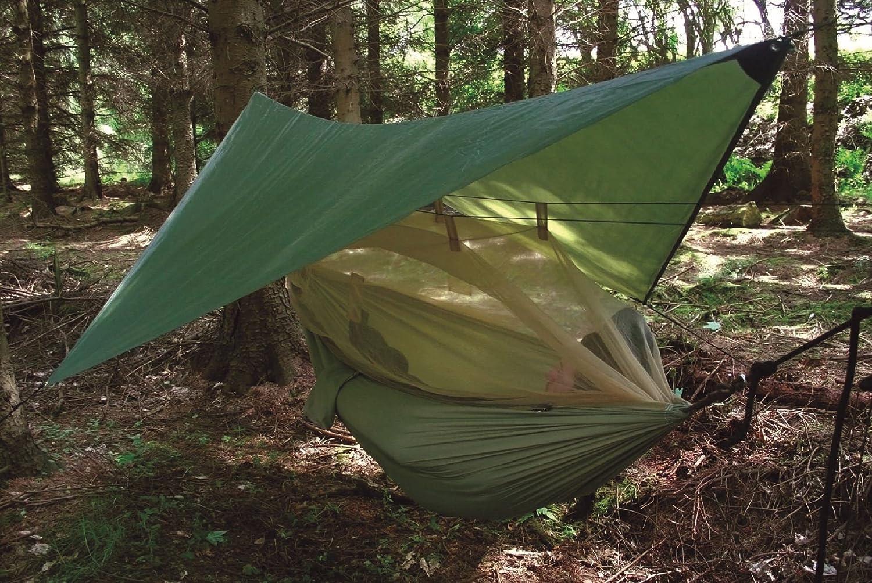 Hamaca verde con protección contra los mosquitos