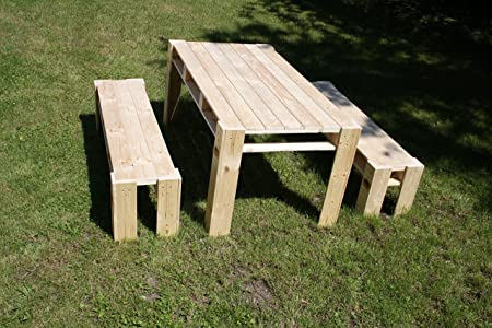 Gartenmöbel aus Paletten Lounge Garten Tisch und 2x Bank