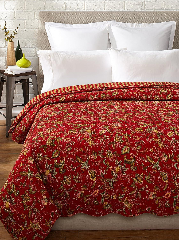 Holly Garden Quilt