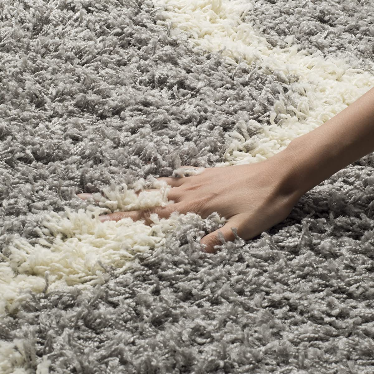 Safavieh Dallas Shag Collection SGD257G Grey and Ivory Area Rug (8 x 10)