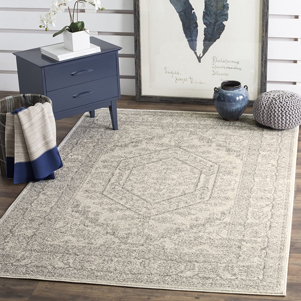 Safavieh Adirondack Collection ADR108B Ivory and Silver Oriental Vintage Area Rug (6' x 9')