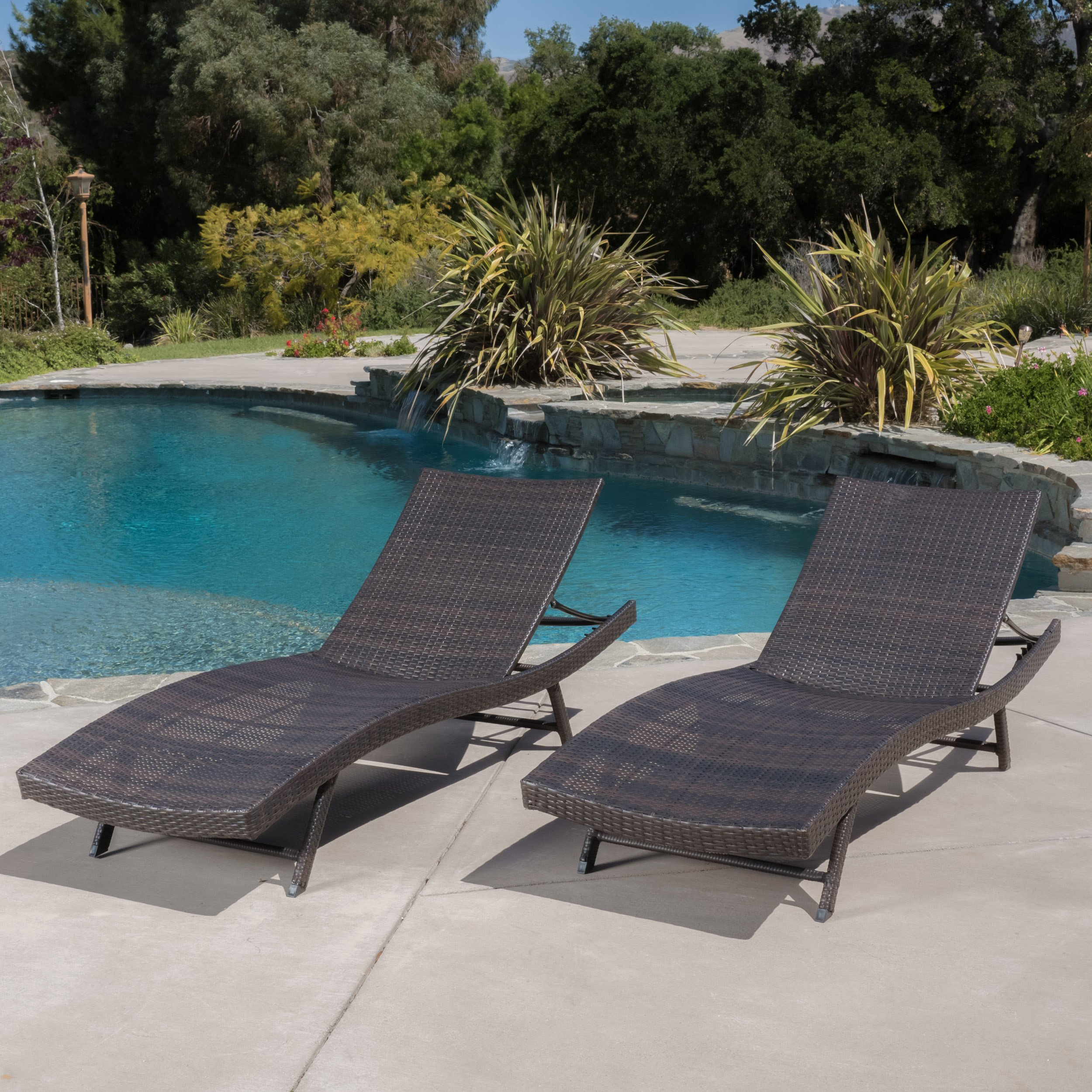 Eliana Outdoor Brown Wicker Outdoor Lounge Chairs
