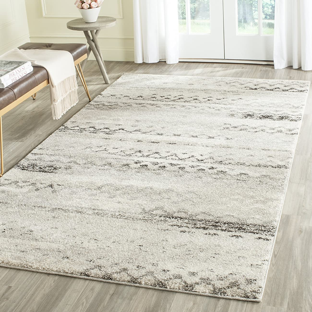 Safavieh Retro Collection RET2136-1180 Modern Abstract Cream and Grey Area Rug (6' x 9') 0