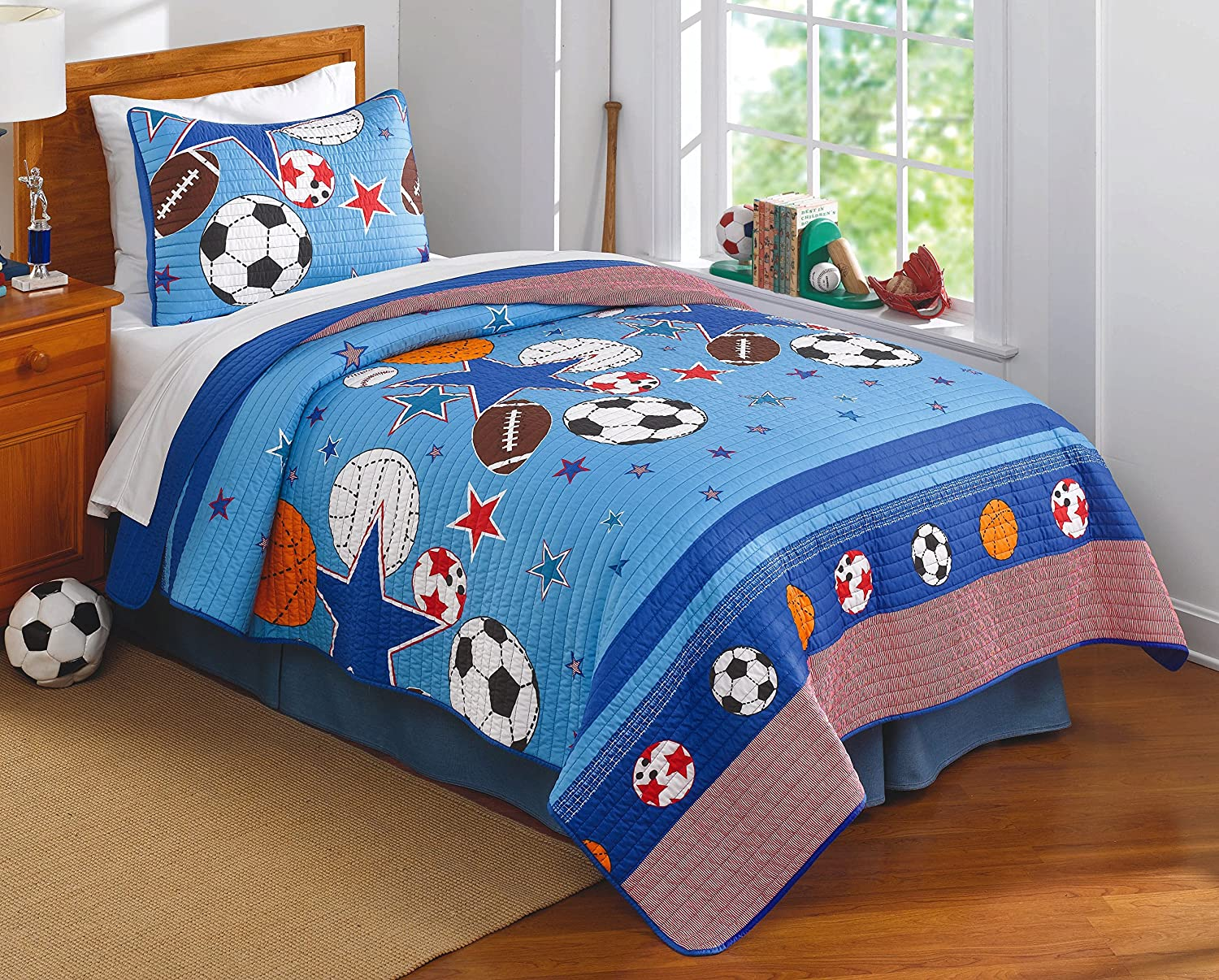 Sports and Stars Full Queen Quilt with 2 Shams