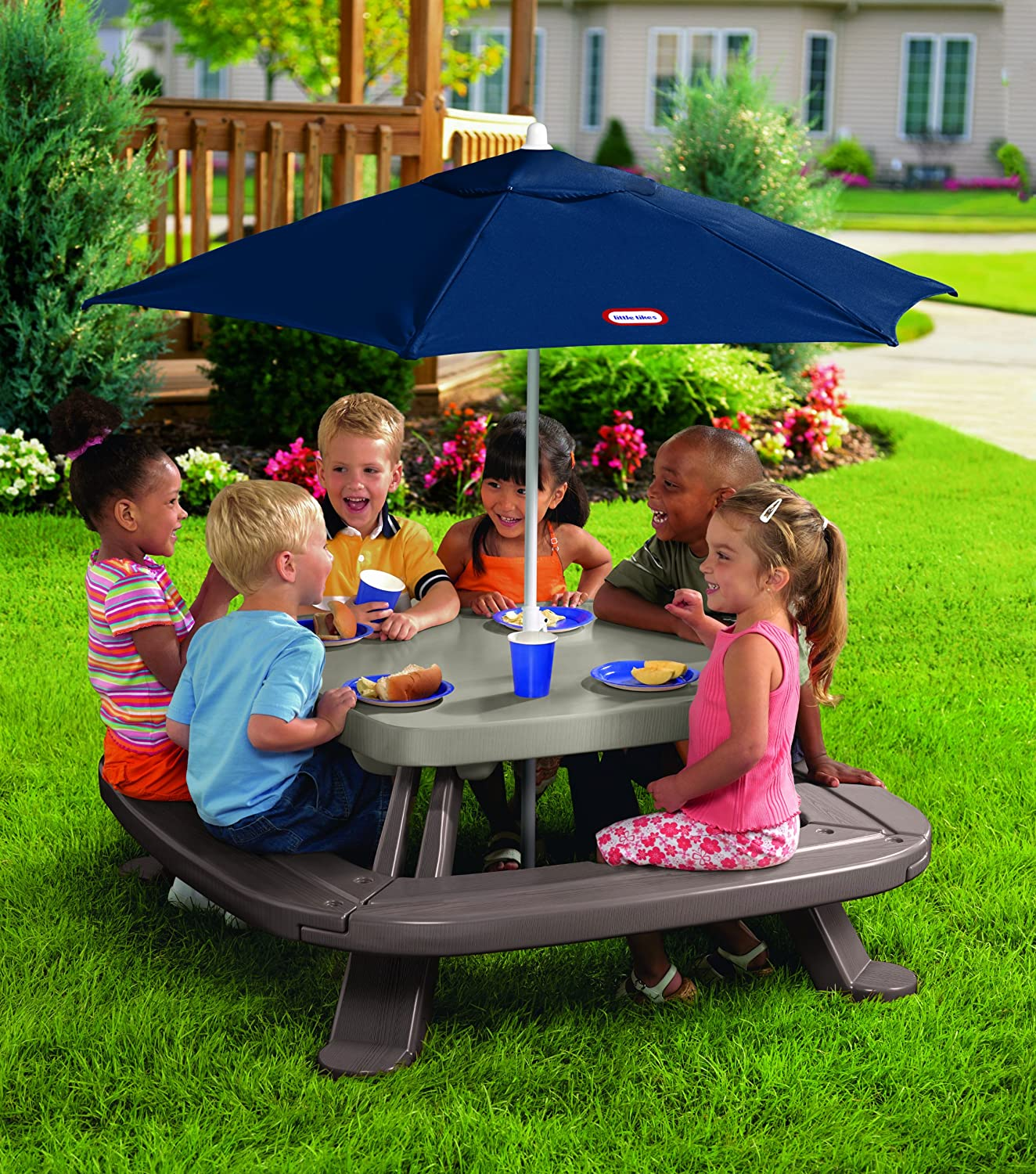 An Image of Little Tikes Fold 'n Store Table with Market Umbrella