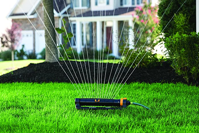 Sprinkler with One Touch Width Control & Flow Control, waters up to 3,900 sq.ft