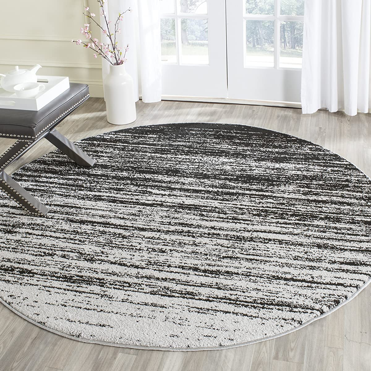 Safavieh Adirondack Collection ADR113A Silver and Black Modern Abstract Round Area Rug (4 in Diameter)