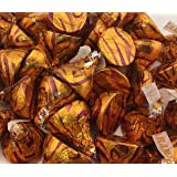 Hershey's Kisses Milk Chocolate Filled With Caramel, Gold Foil (Pack of 2 Pounds) (Color: Gold)
